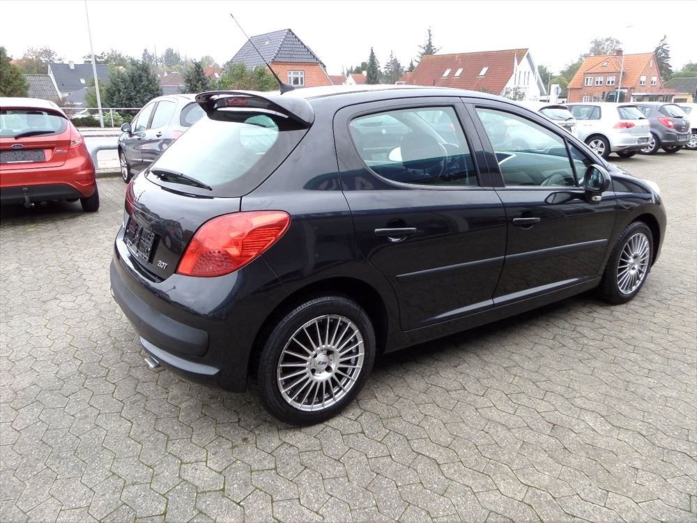 Brugt Peugeot 207 1,6 HDi S16 (2006) 121.000 km, Slagelse 4200, Sjælland, Til salg hos: DELETE ...