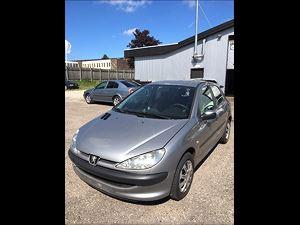 Peugeot2061,4 HDi, 353.000 km