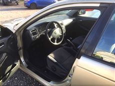 Toyota Avensis 01-02 2.0VVTI
