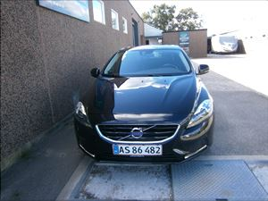 Volvo V40 Volvo V40 2,0 D3 150 Momentum 5d