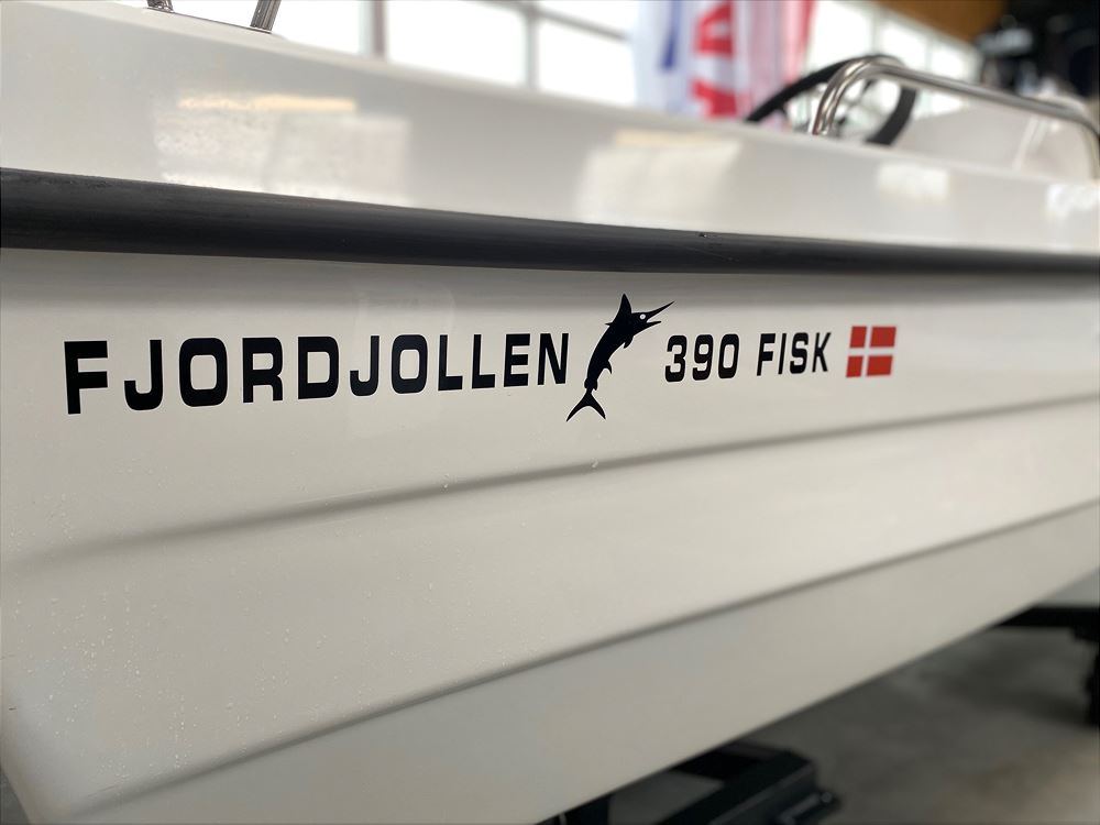 Fjordjollen 390 Fisk m. styrepult