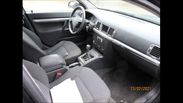 Opel Vectra C 02> 2.2EDC4
