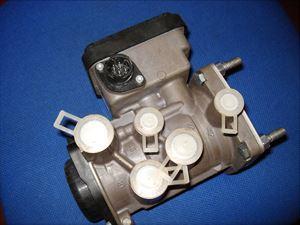 Billede 1: Styreventil VolvoK020624N50