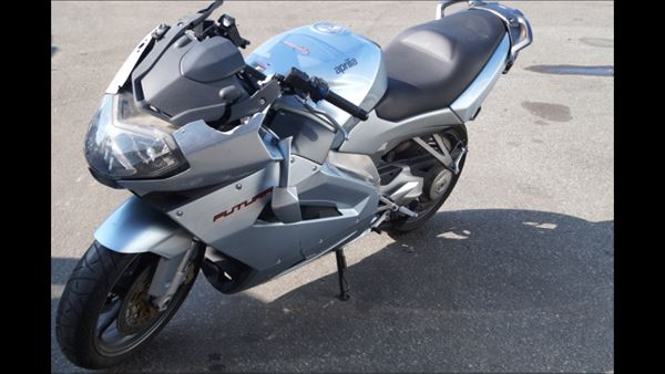 Aprilia RST 1000