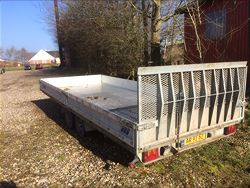 Maskin trailer - Pris Pr. dag: 375 kr