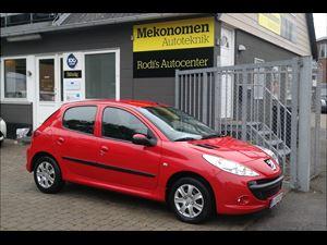 Peugeot2061,4 HDi 68, 135.000 km