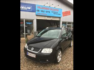 VW Touran 2,0 TDi 140 Highline DSG, 303.000 km