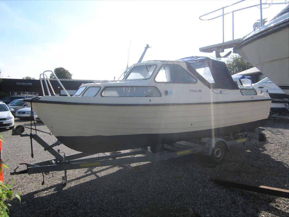 Uttern 690 23 fod Motorbåd