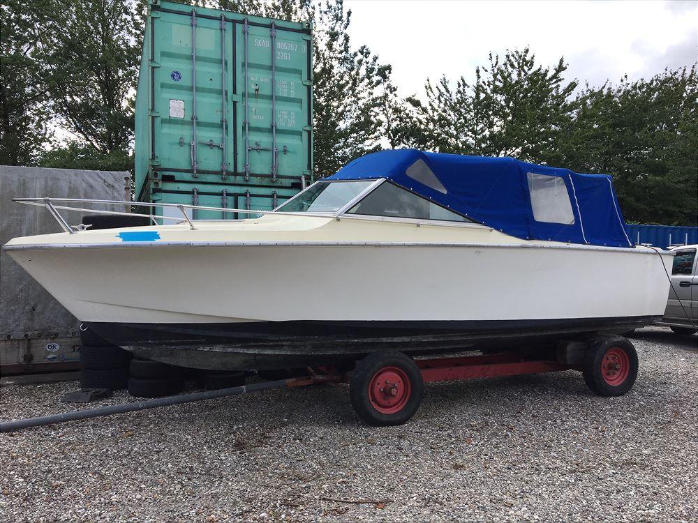 Motorbåd 3,0 Mercruiser