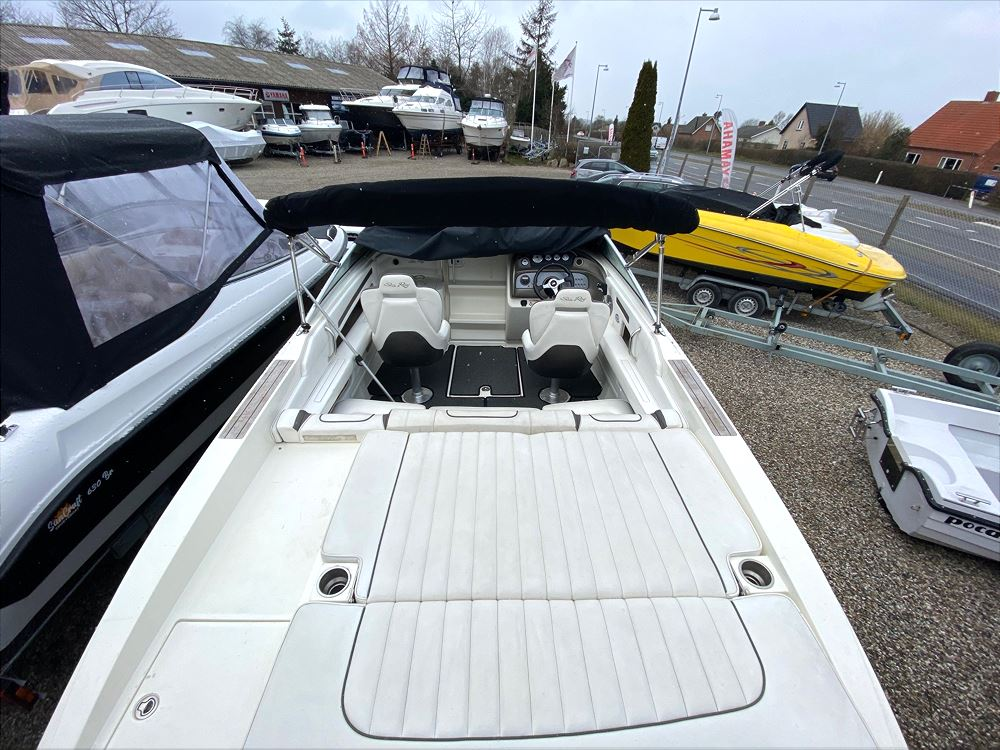 SeaRay 240 Sun Sport